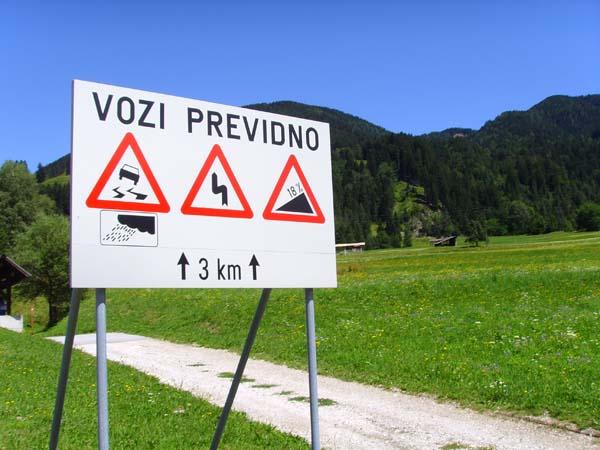 http://www.bikers-seiten.de/webgalerie/dreilaendertour/images/25%20-%20Am%20Anfang%20des%20Wurzenpass.jpg